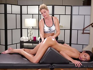 Skilled masseuse India Summer licks pussy 69 style pose essentially the massage table