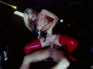 Blonde whore Bree Olson sucks with the addition of gets fucked in a back byway someone's cup of tea