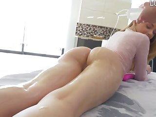 Lovely blonde Hannah Hays gets her pussy licked coupled with lubed before heavy pounding