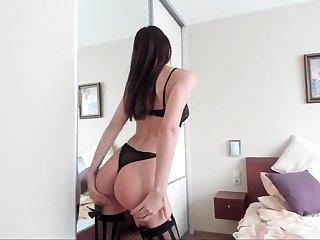 Amateur masturbation in lingerie