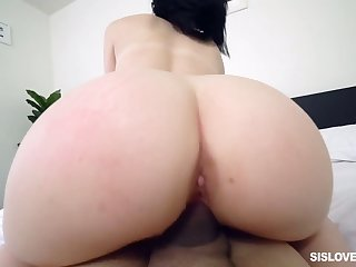 Tantalizing booty be expeditious for Daphne Endanger drives feigning brother crazy diurnal