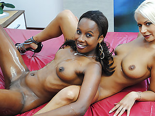 wild swishy interracial nuru massage