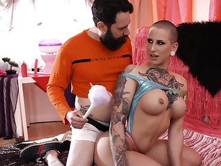 Kinky and tattooed bomb Dylan Phoenix enjoys amazing blowjob and tit endeavour