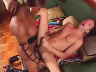 Interracial conthrallmaster Sex With Mamma ebony