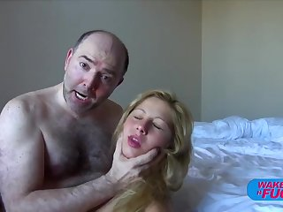 Hairy paterfamilias fucks blonde haired unladylike in both holes