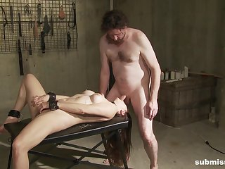 Kinky BDSM porn lust be incumbent on Madeline Blue
