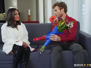 look into pussy eating Kaylani Lei can't wait to jump on a hard gumshoe
