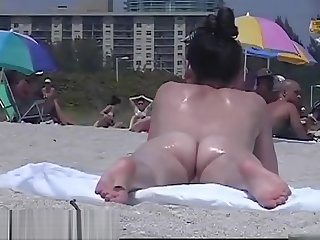 Amazing nudist girls on a unventilated beach voyeur vid