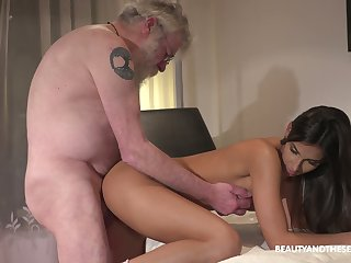 Hirsute old man eats bedraggled pussy delicious pussy of dear Angela Allison