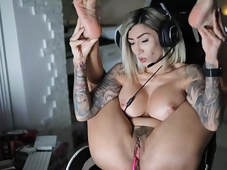 The Hottest Real Gamer Girl With Nice Tits