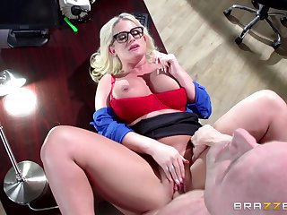 Sexy mature Julie Cash enjoys rough pussy fuck in the election