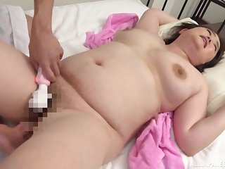 Japanese mature fucked and jizzed in homemade XXX