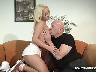 Kinky step Miss Lonelyhearts enjoys fucking pretty step niece Daisy Dawkins