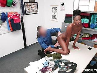 Skinny ebony shop lifter has to bonk her way broadly