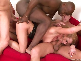 Slut Anita Vixen spreads her legs to be fucked with a gangbang