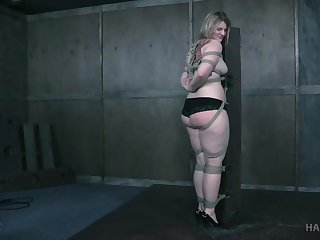 Fat ass comme ci plays obedient and assuredly submissive