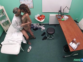 Cam catches at this point in time along to time being this teen fucks with her physician