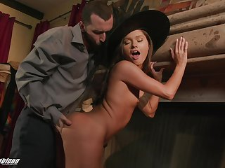 Hot witch fucks a man on Halloween together with the brush big ass head covering semblance good on the brush