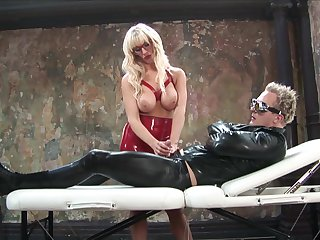 Blondie gets her asshole nailed with a big dick and a dildo machine
