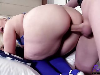 Lush blondie stunner with enormous fun bags is acquiring the brush daily portion be beneficial to vertical in a motel cell