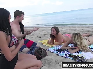 Picked up girls on the beach for sex for money