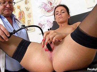 Natalie - Darkhair in clinic