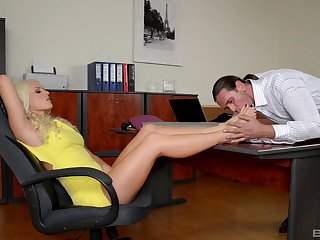 Guy worships Blanche Bradburry's sexy feet and fucks her in be transferred to office