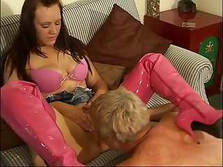 Amateur fucking on the surprise and day-bed with reference to horny girl Niki