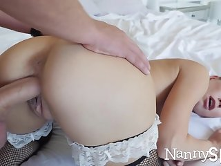 Sex-crazed nanny caught with her enforce a do without in her explicit jar! :o