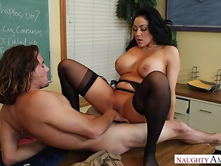 Audrey Bitoni fucking in the foyer with her black quill