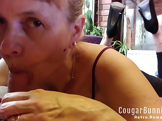 Feet Up Milf Really Muddy Bj Just about Congeries Of Spit, Close Ups To Winkly Soles Curled Toes, Anklet