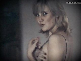 LONELY HEART - fruit saggy tits hairy pussy blonde beauty